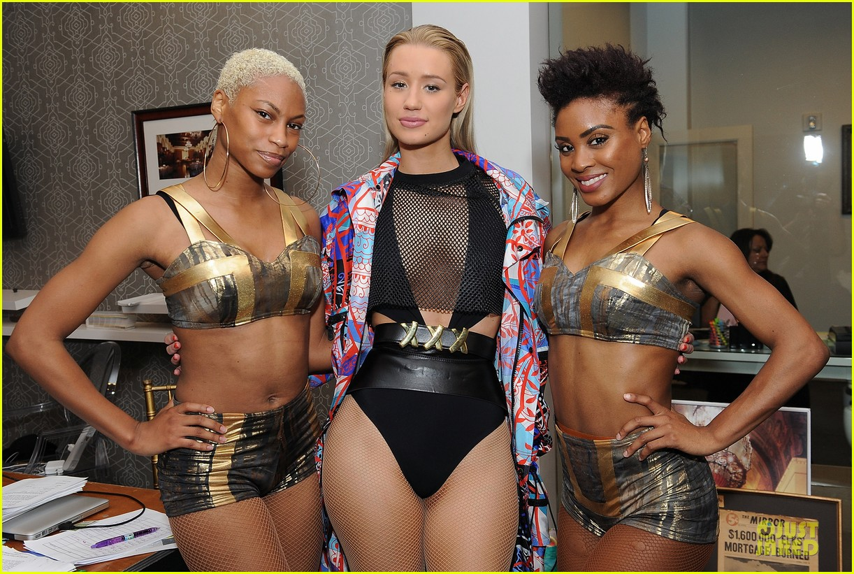 leona lewis iggy azalea friends n family pre grammy party 22