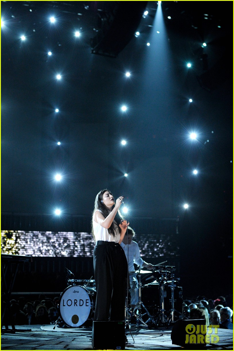 lorde royals at grammys 2014 013041206
