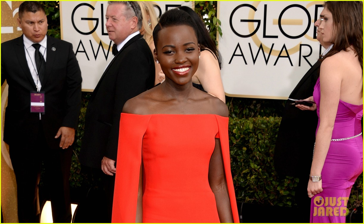 lupita nyongo golden globes 2014 red carpet 013029119