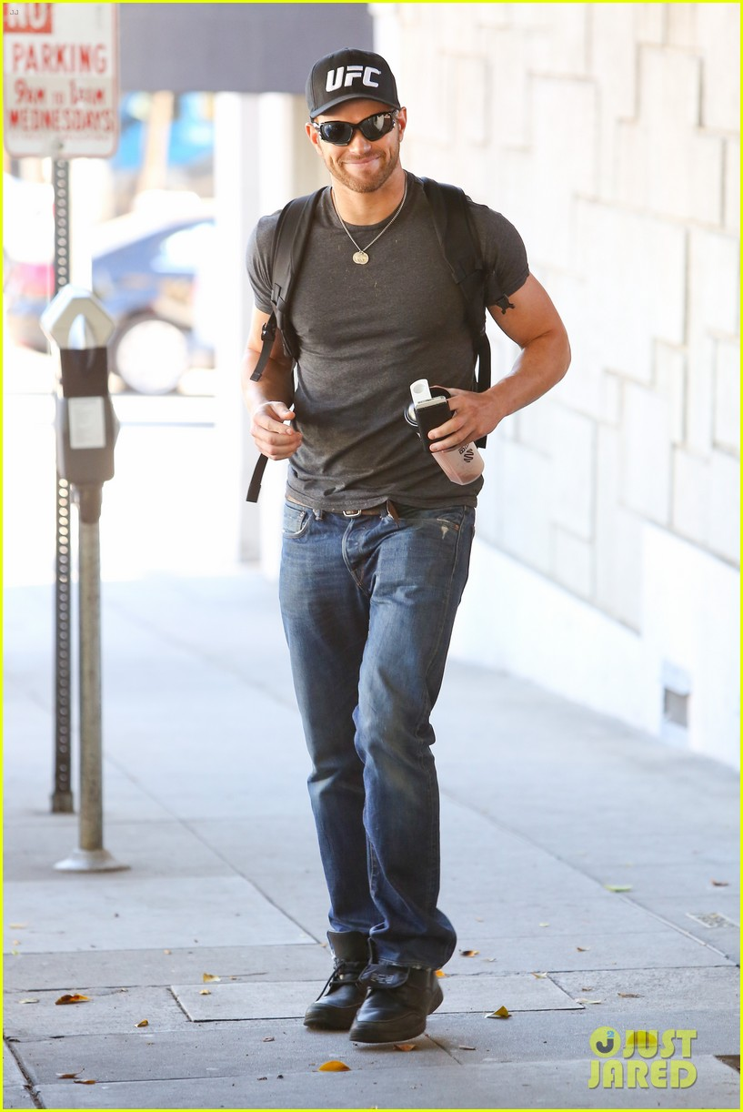 kellan lutz had one week to prep for legend of hercules 293032458