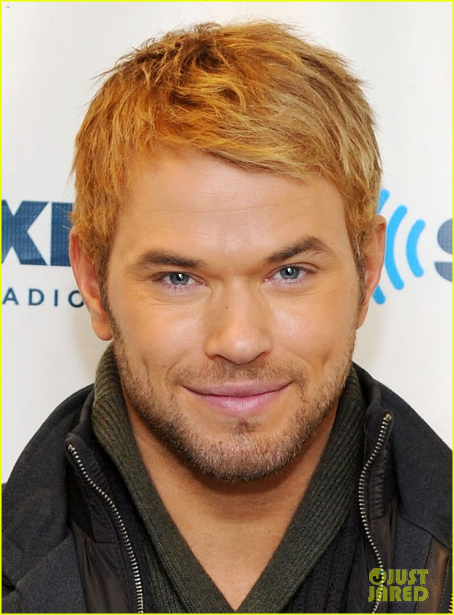 kellan lutz slams miley cyrus dating rumors theyre hilarious 02
