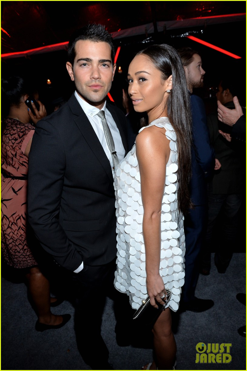 ashley madekwe jesse metcalfe audis golden globes party 04