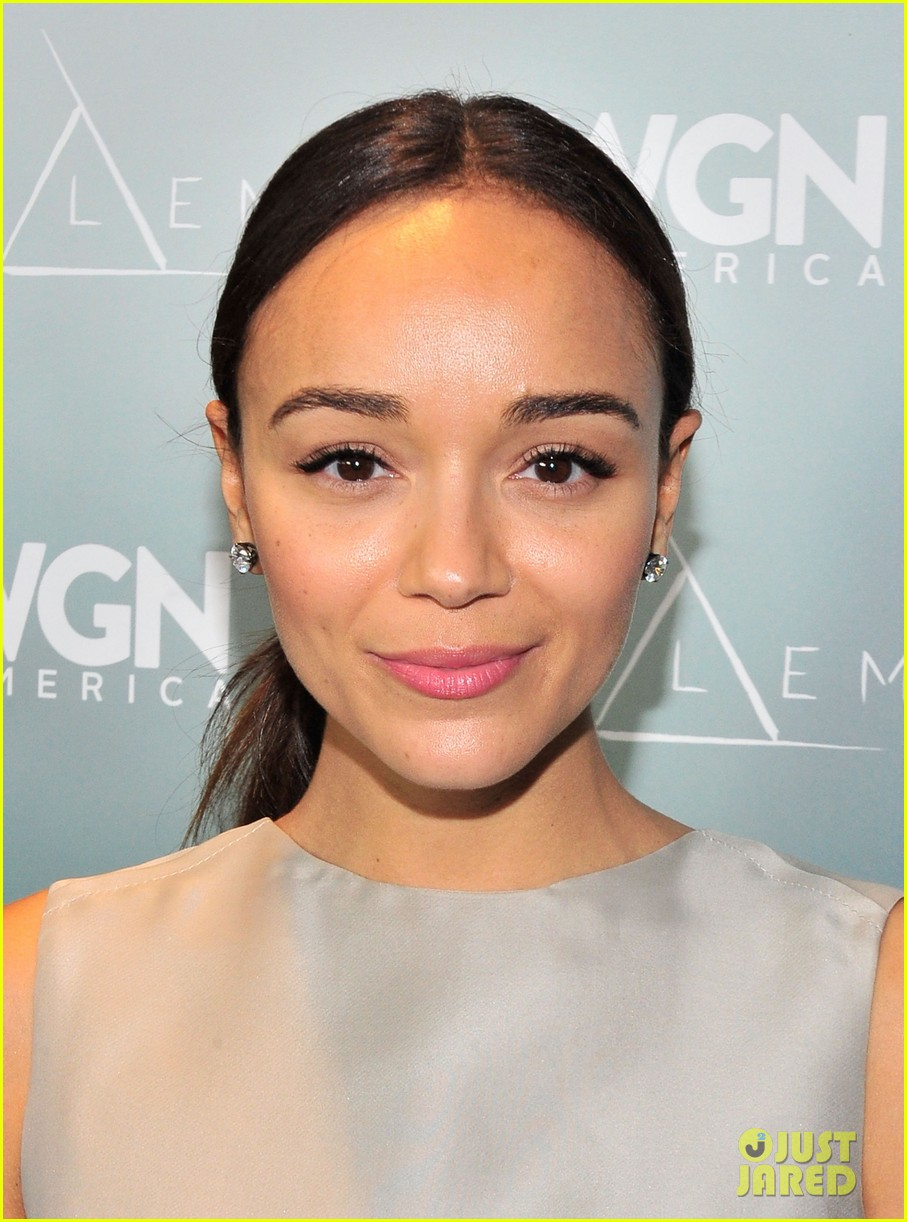 ashley madekwe instyle golden globes 2014 party 02