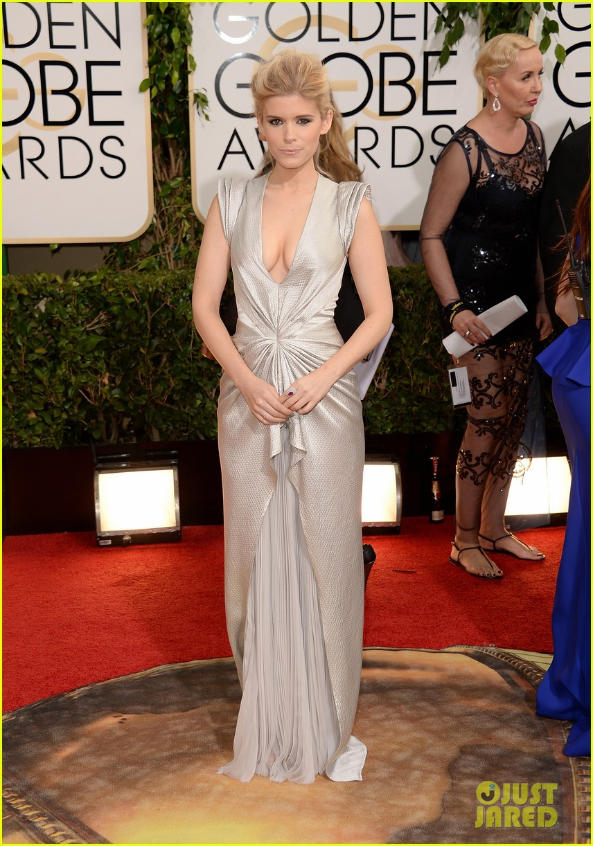 kate mara golden globes 2014 red carpet 033029358