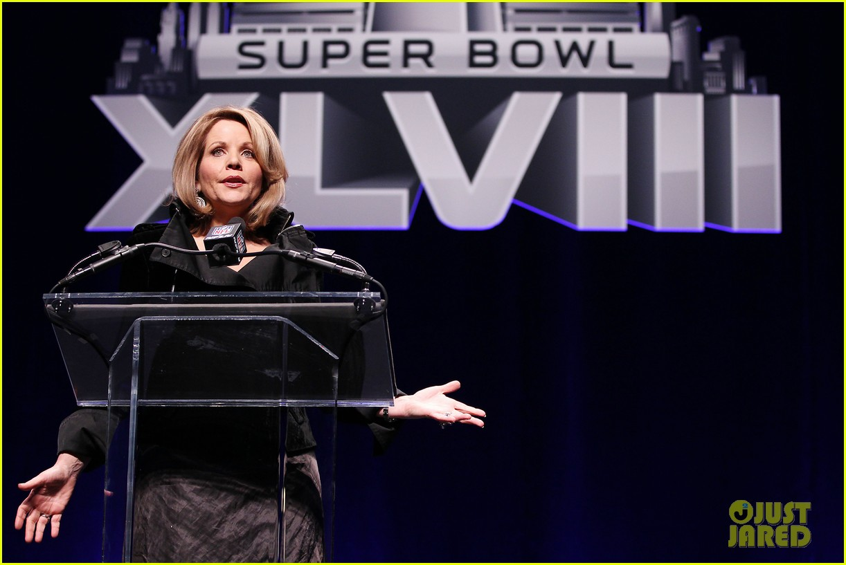 bruno mars renee fleming super bowl 2014 press conference 063044367