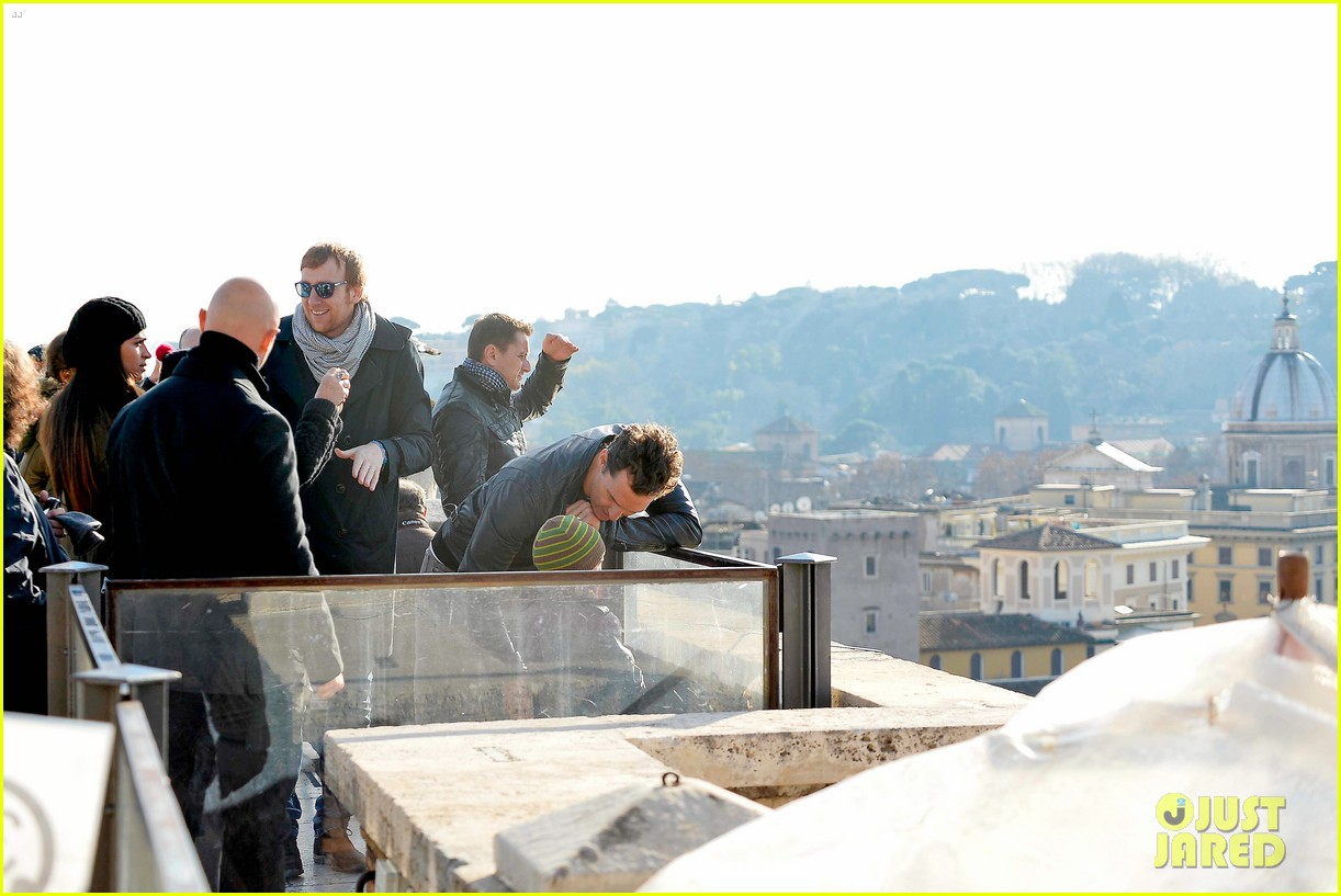 matthew mcconaughey camila alves rome sightseeing levi vida 17