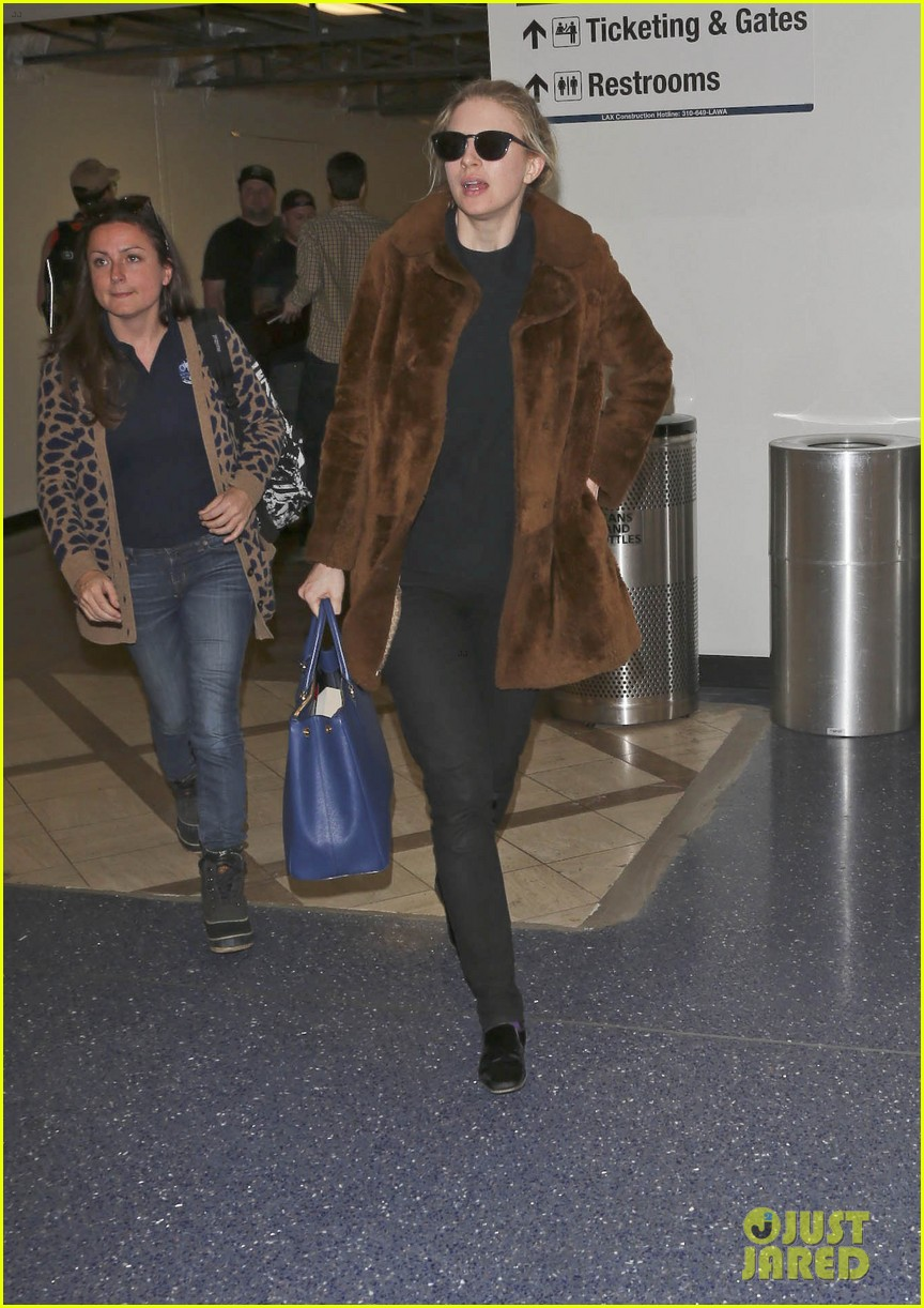 rachel mcadams brit marling fly back to la after sundance 11