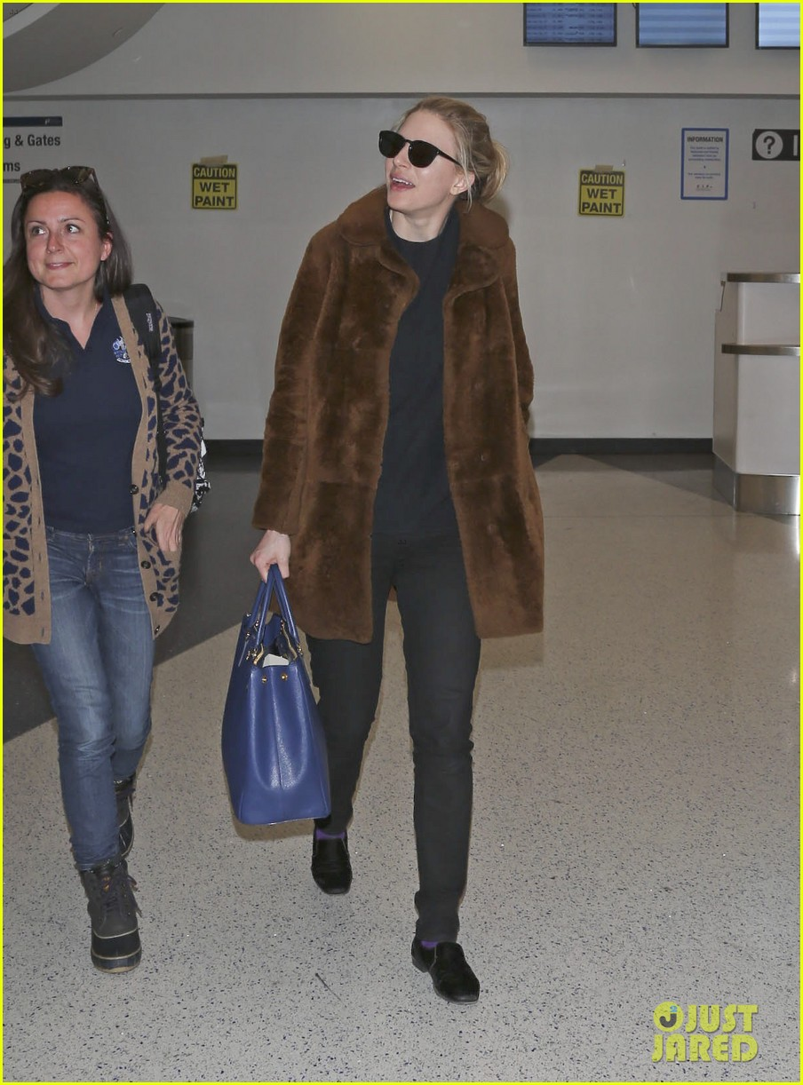 rachel mcadams brit marling fly back to la after sundance 123036847