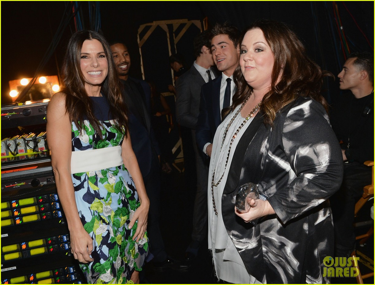 melissa mccarthy sandra bullock peoples choice awards 2014 13