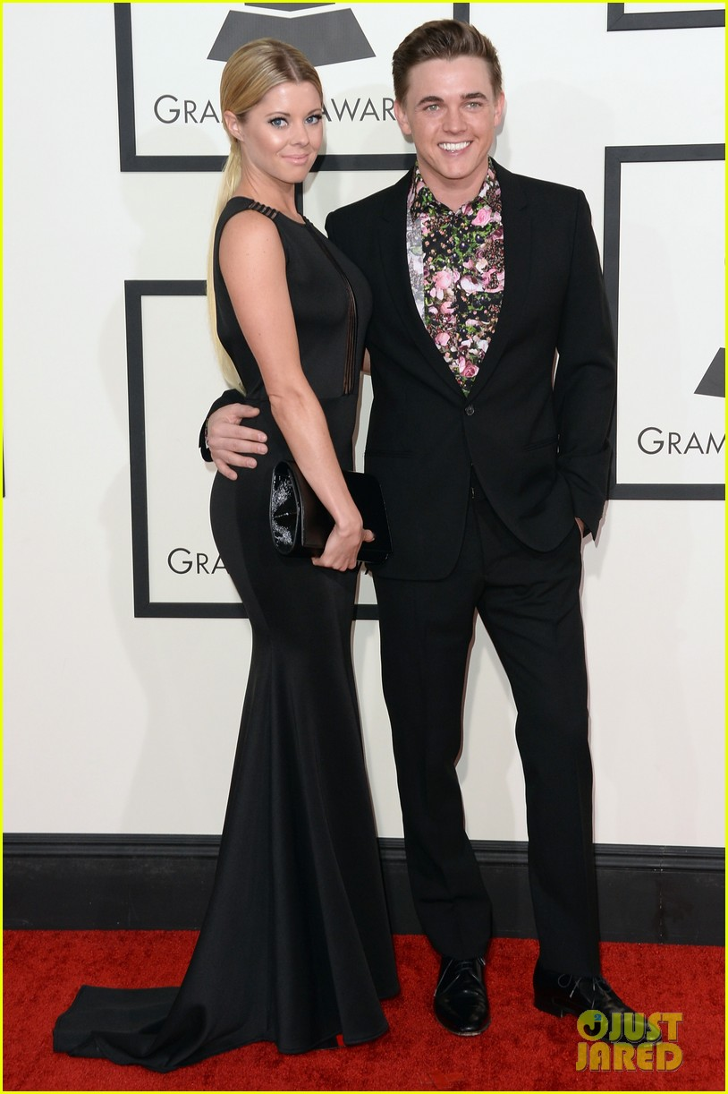 jesse mccartney grammys 2014 red carpet 073040887