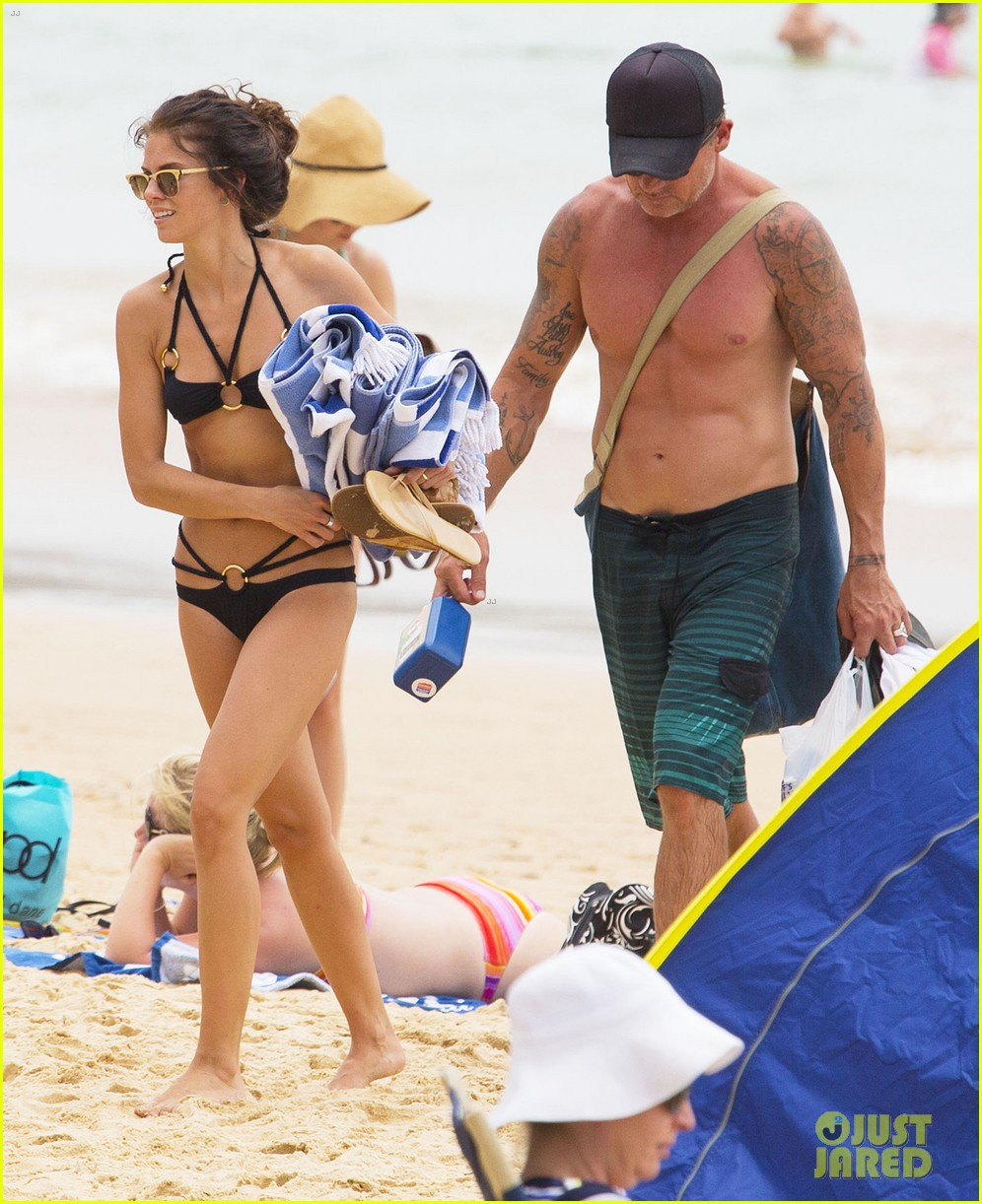 annalynne mccord bikini beach babe with shirtless dominic purcell 243021368