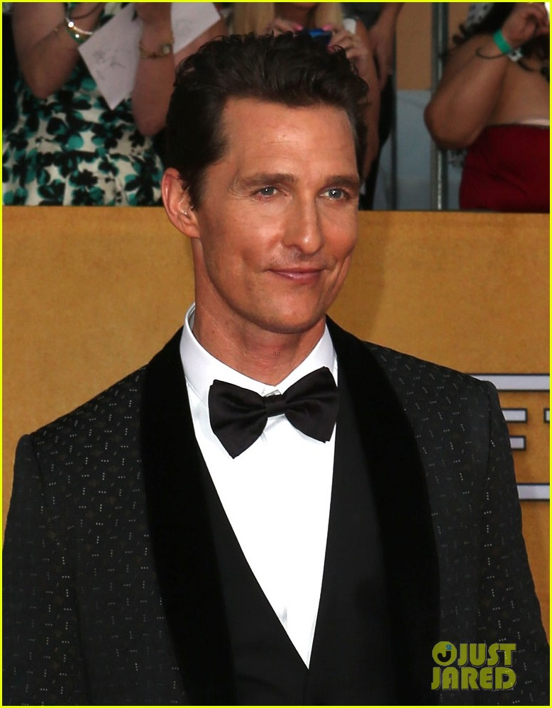 matthew mcconaughey sag awards 2014 red carpet camila alves 02