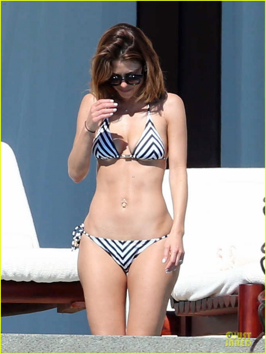 maria menounos black white bikini in cabo san lucas 08