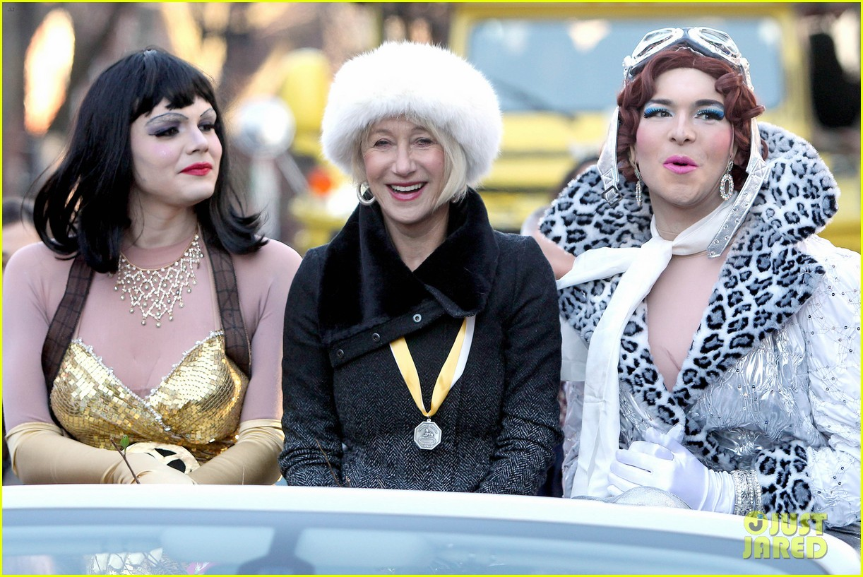 helen mirren twerks hangs with drag queens continues to be one of hollywoods coolest ladies 073044468