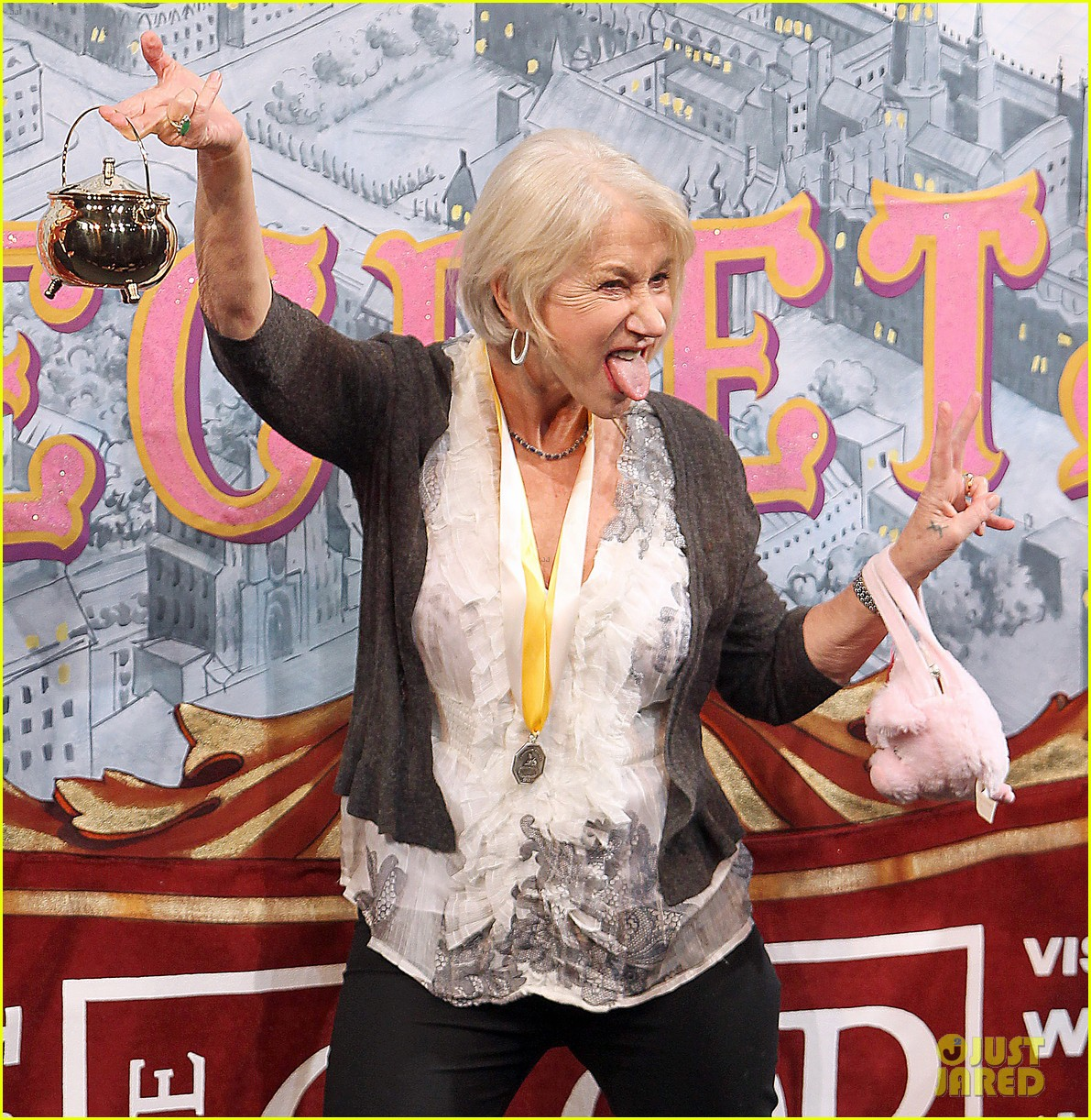helen mirren twerks hangs with drag queens continues to be one of hollywoods coolest ladies 25