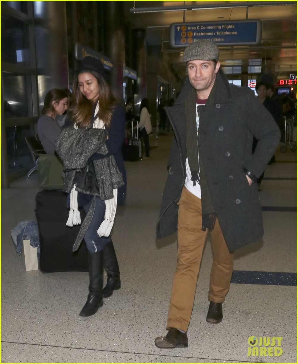 matthew morrison renee puente lax landing with jc chasez 10