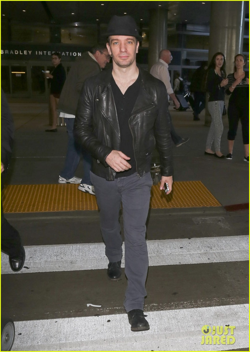 matthew morrison renee puente lax landing with jc chasez 21