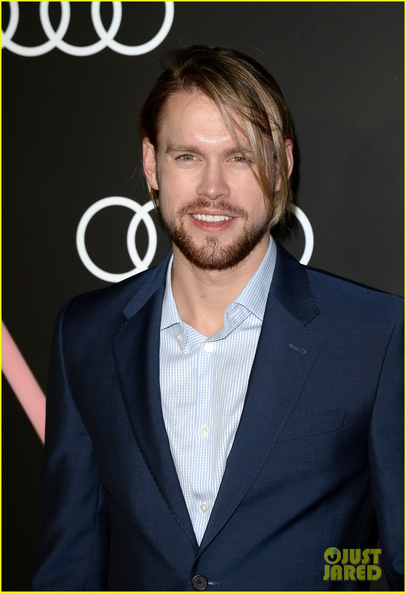 matthew morrison chord overstreet pre golden globes party 17
