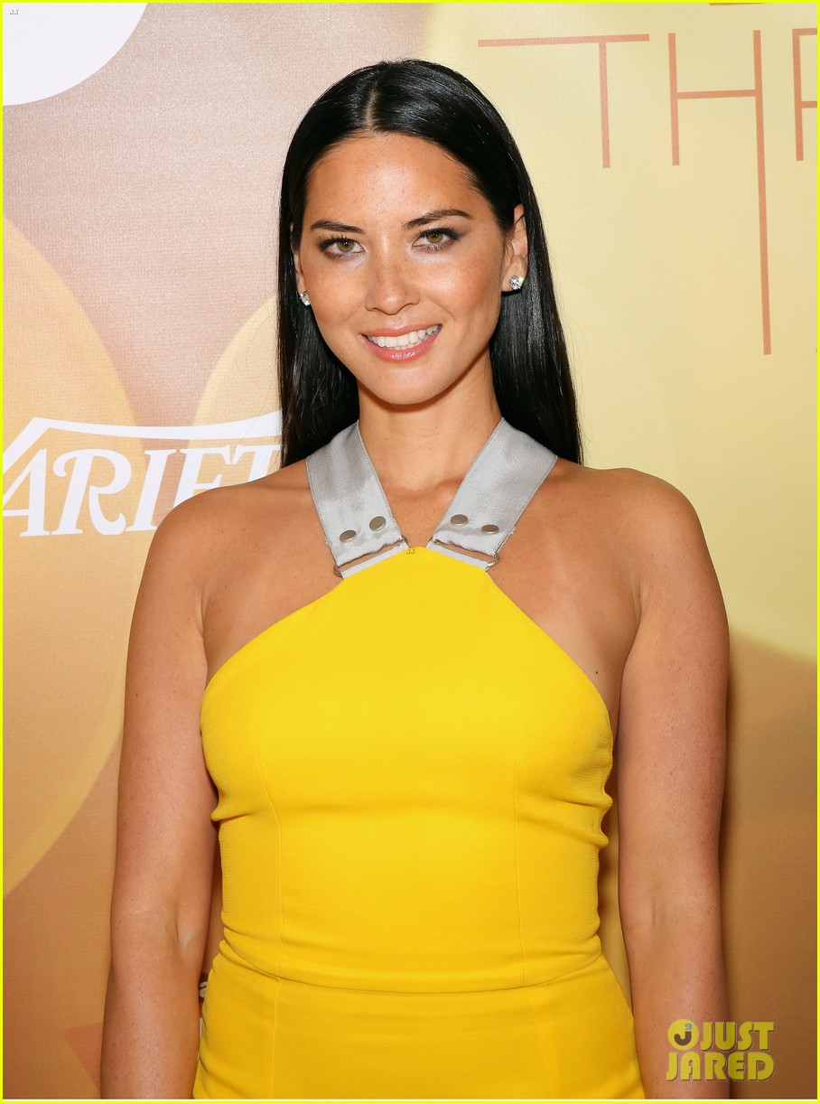 olivia munn presented variety award by aaron sorkin 083026762