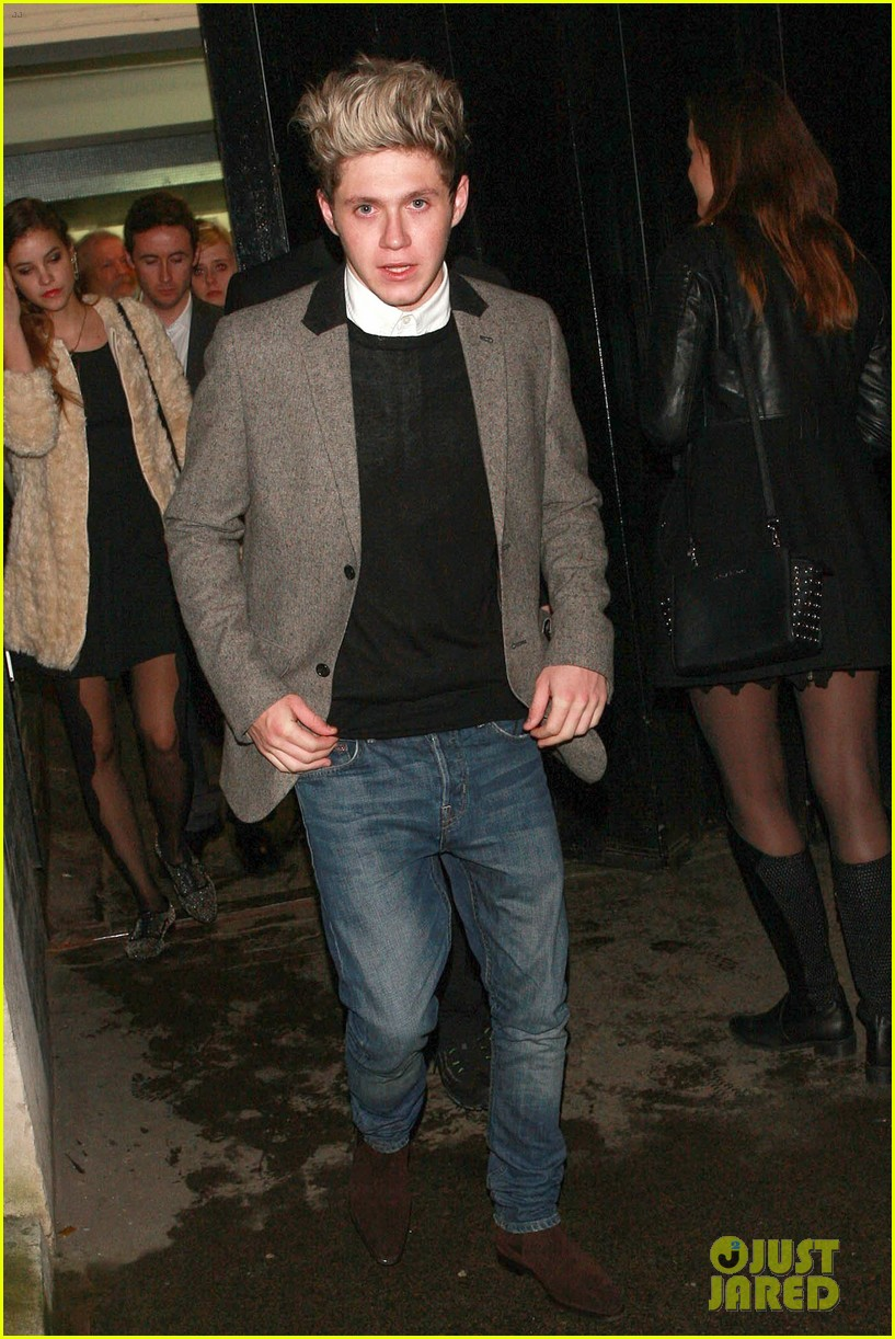 niall horan barbara palvin celebrate new years eve together 053021044