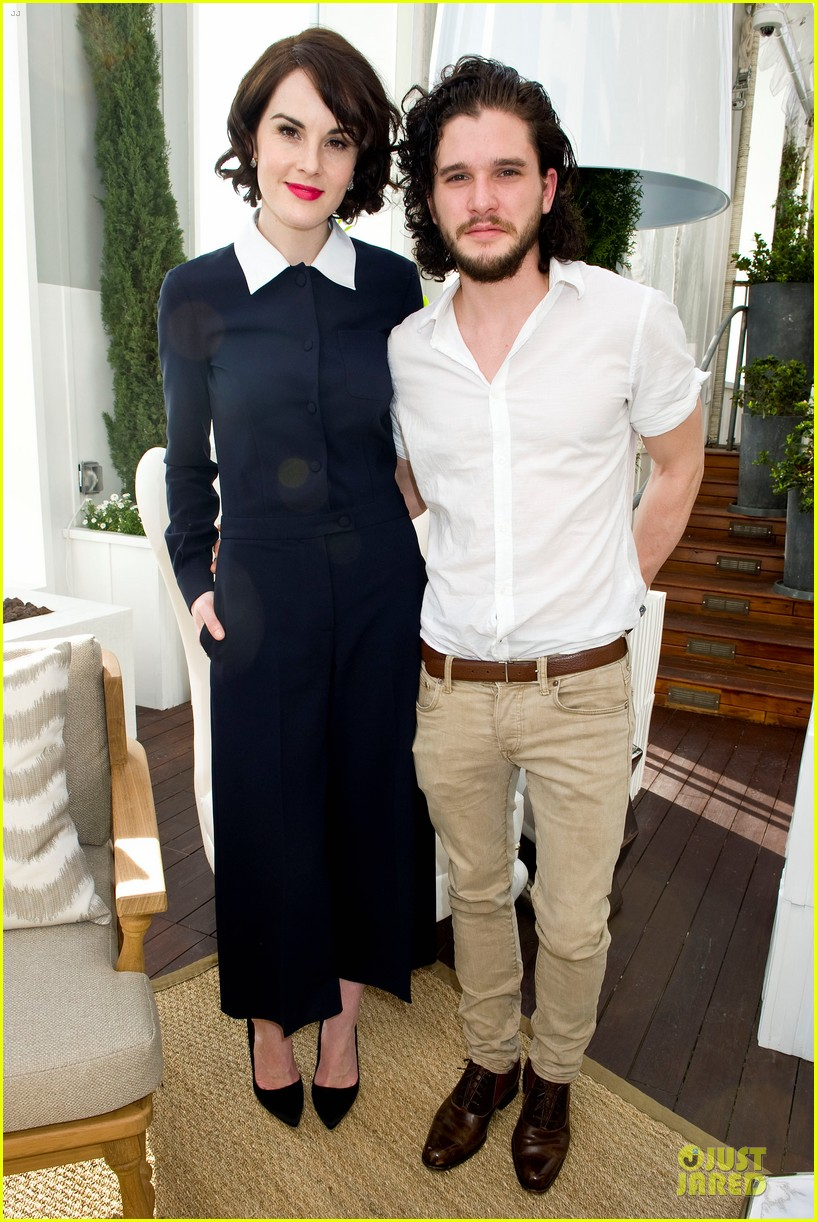lupita nyongo dujour cover party with michelle dockery 06