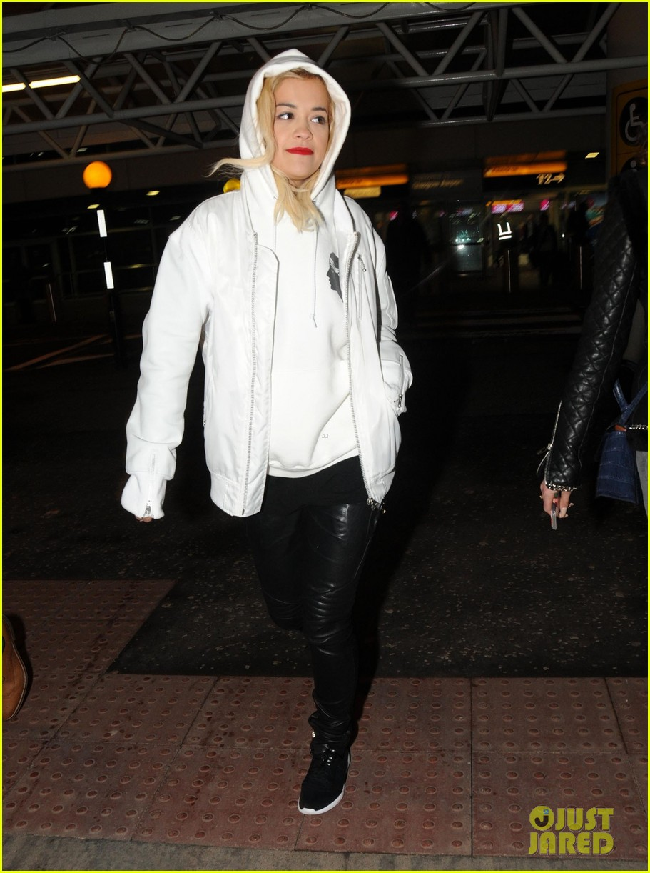 rita ora bbc radio 1 big breakfast performer in glasgow 073044963