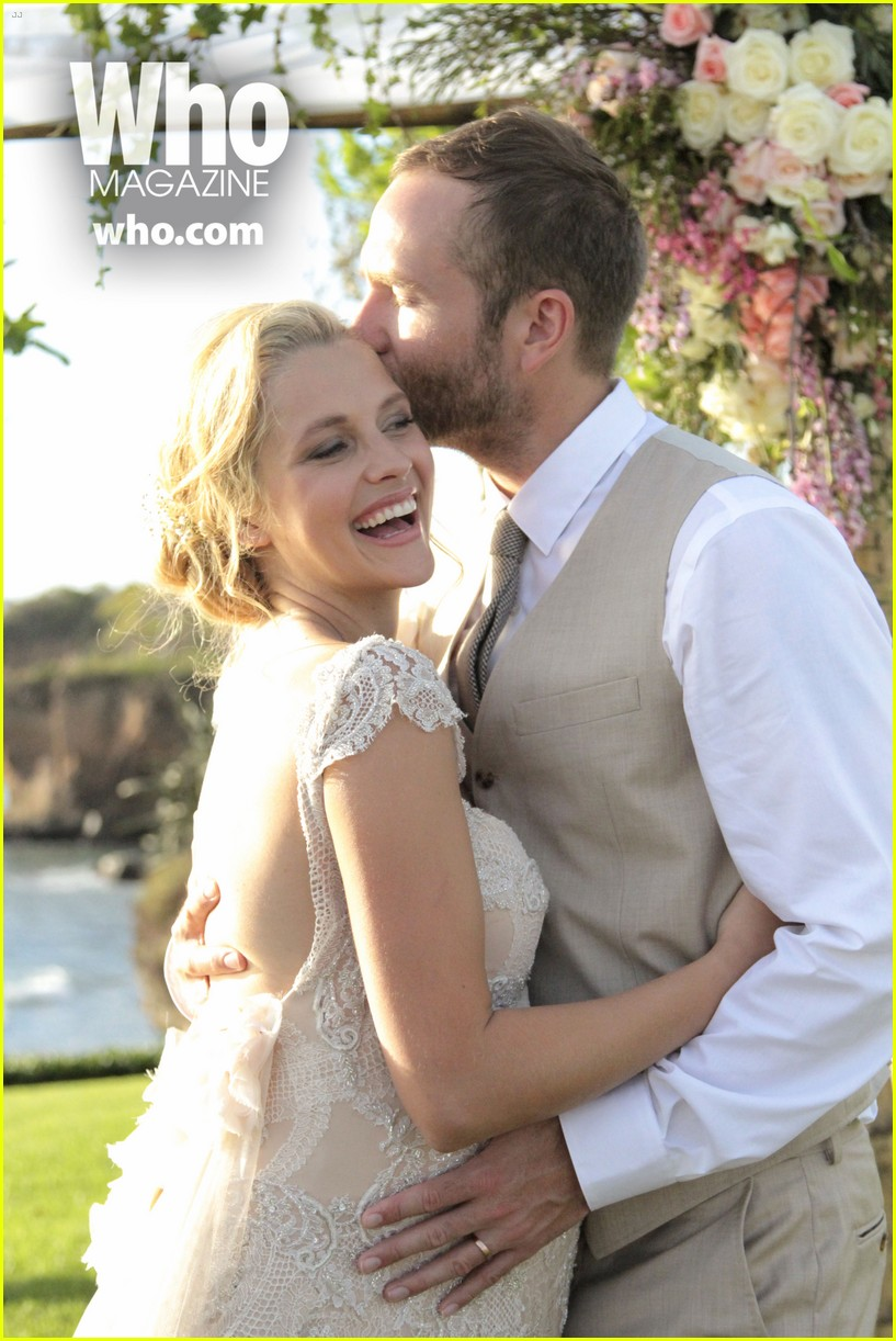 teresa palmer wedding photos see her beautiful dress 01