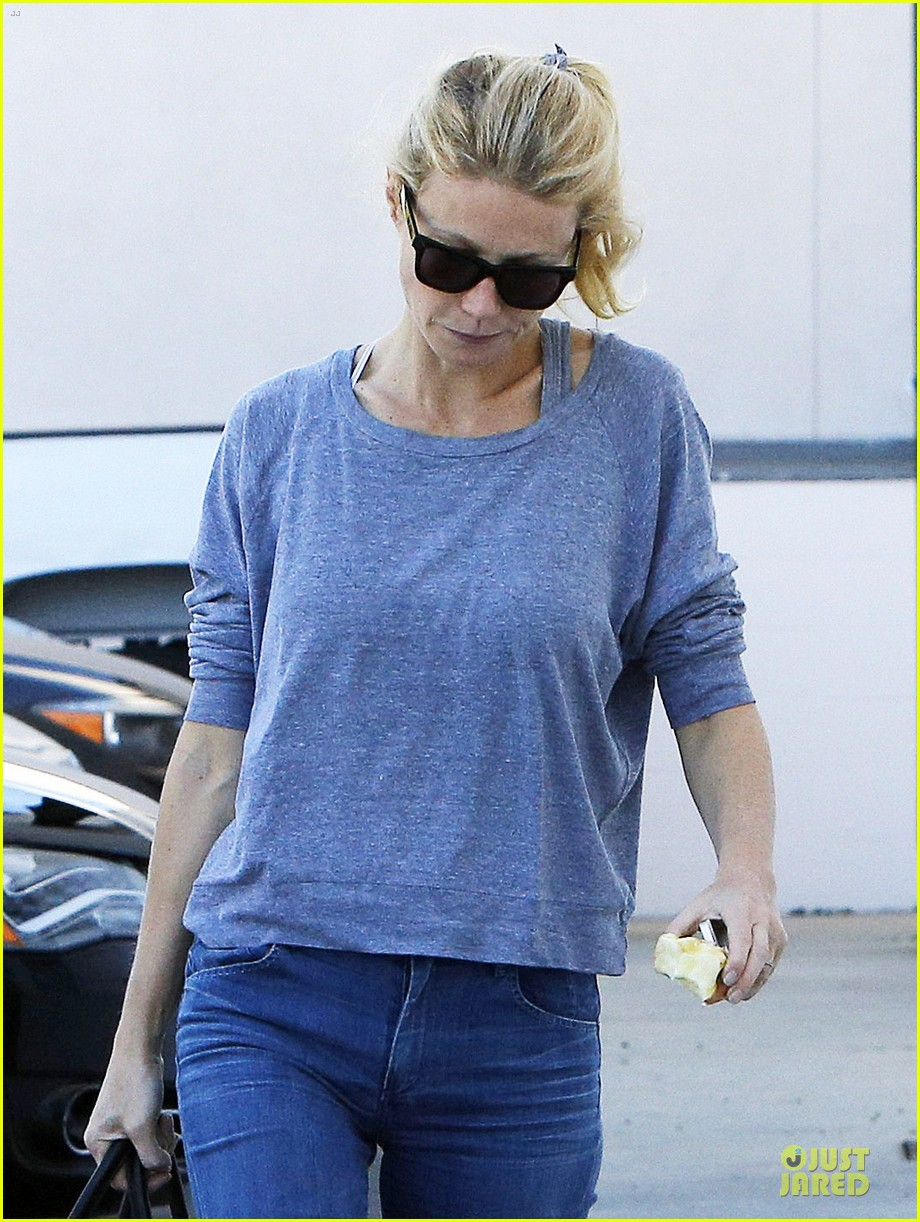 gwyneth paltrow medical building visit after the golden globes 073033852