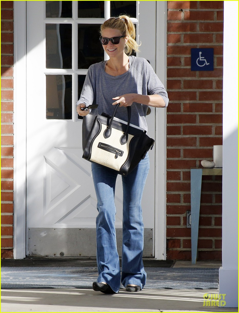 gwyneth paltrow medical building visit after the golden globes 16
