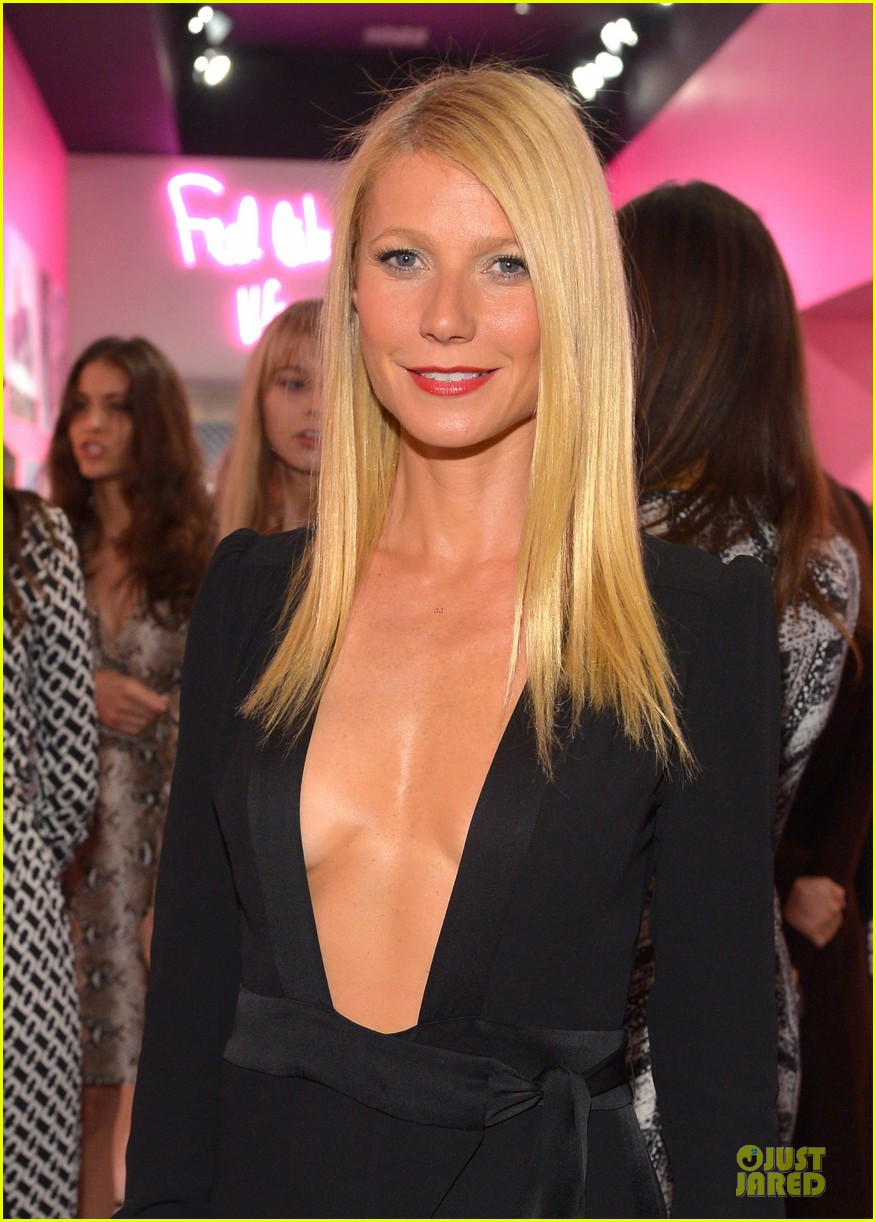 gwyneth paltrow rooney mara journey of a dress exhibition opening 06