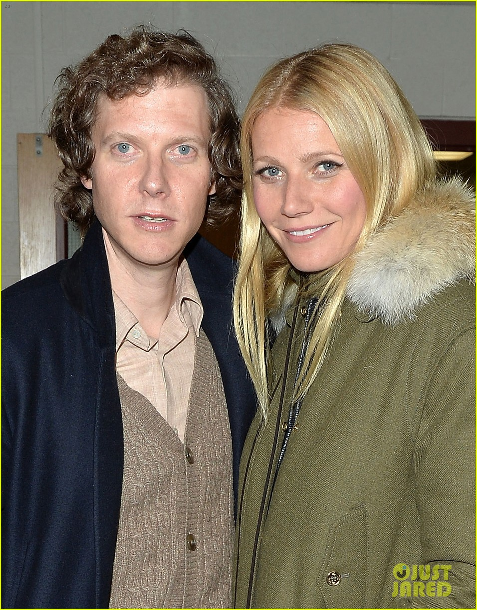 gwyneth paltrow supports brother jake at sundance premiere 01
