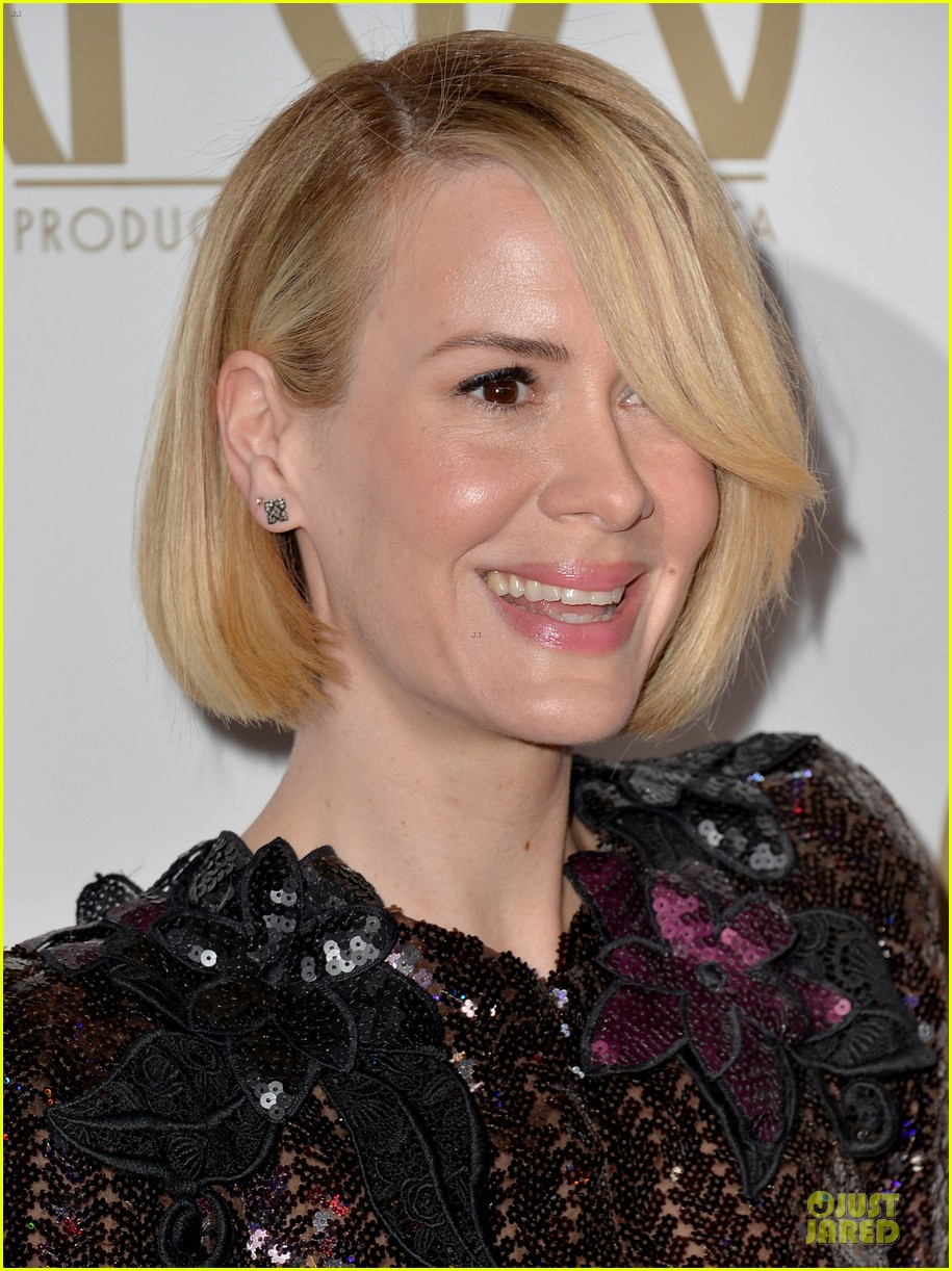 sarah paulson gillian anderson producers guild awards 2014 15