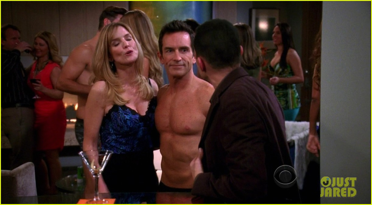 survivors jeff probst shows off ripped shirtless body at 52 09