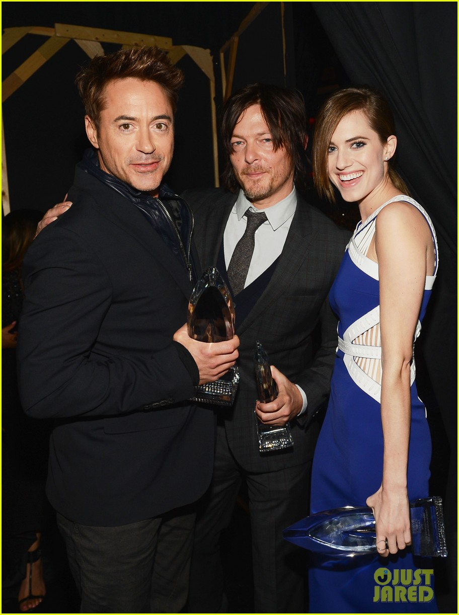 norman reedus peoples choice awards 2014 presenter 10