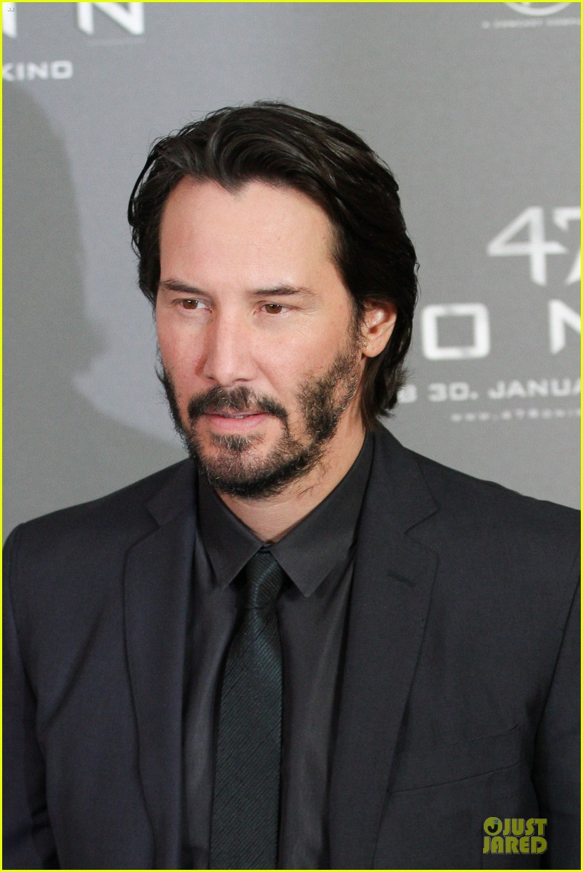 keanu reeves 47 ronin munich photo call 12