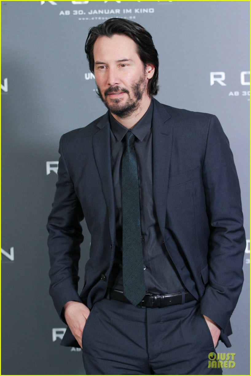 keanu reeves 47 ronin munich photo call 13