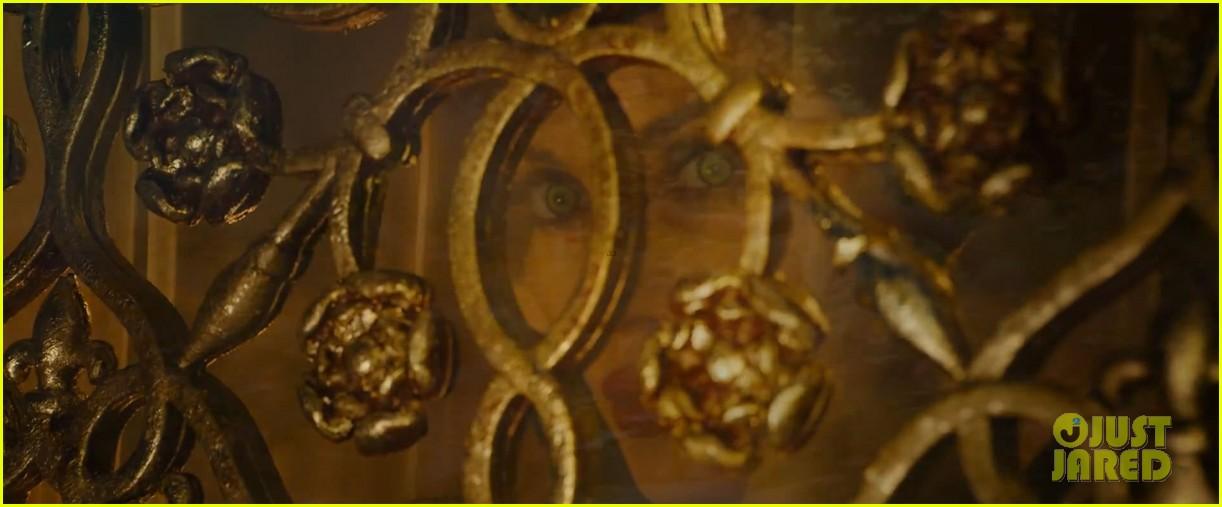 lana del rey sings in angelina jolies new maleficent trailer 093041353