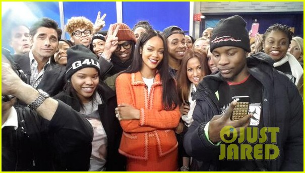rihanna braves winter chill for good morning america interview 09