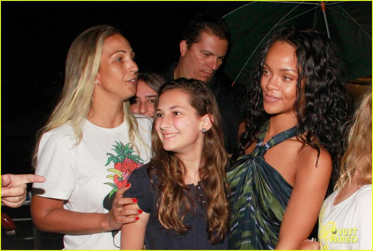 rihanna gold bikini beach babe in brazil 08