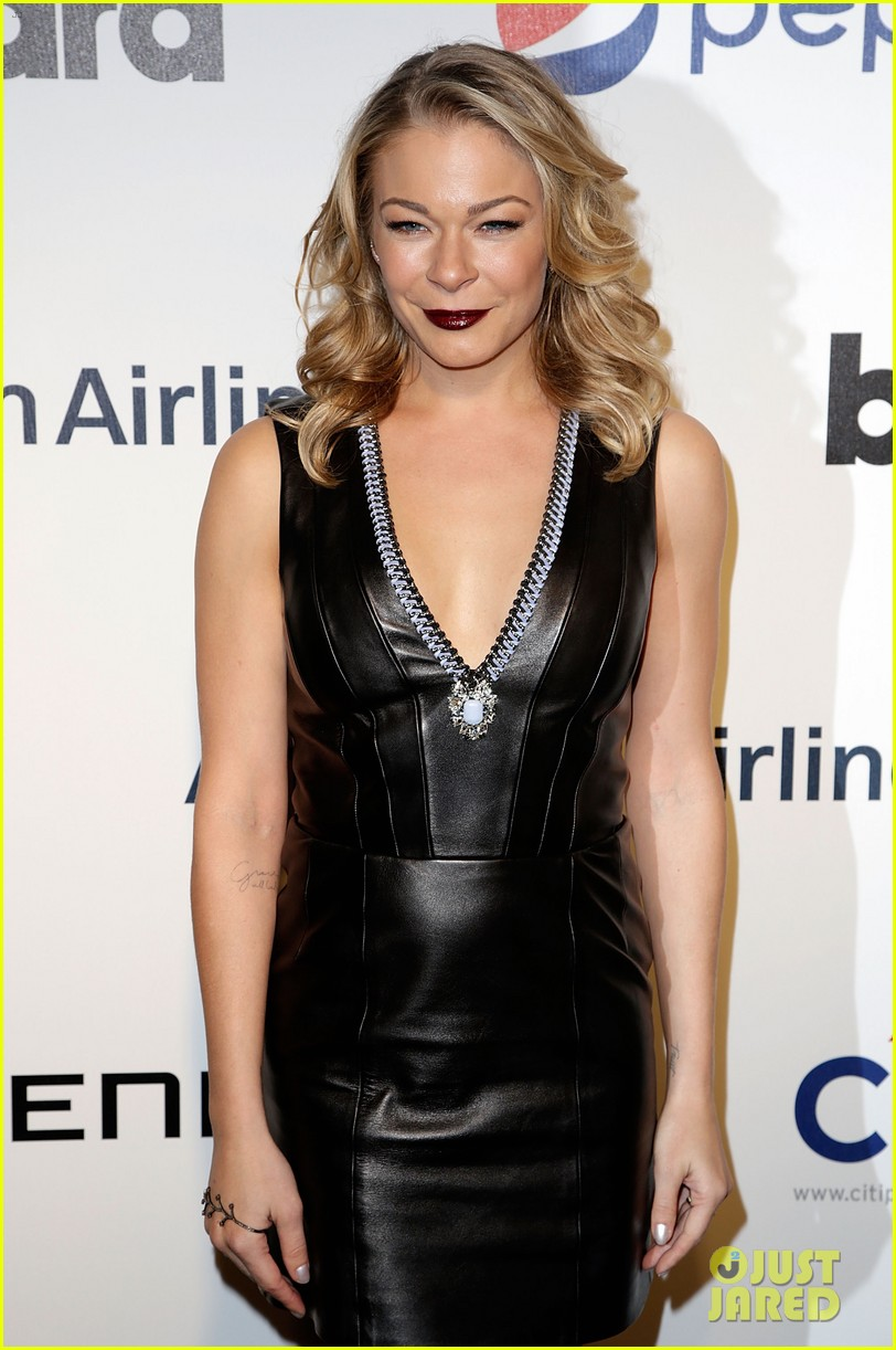 leann rimes billboards power 100 event with eddie cibrian 09
