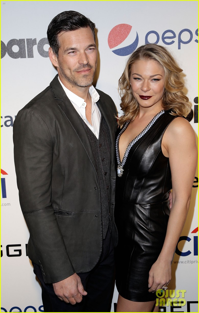 leann rimes billboards power 100 event with eddie cibrian 23