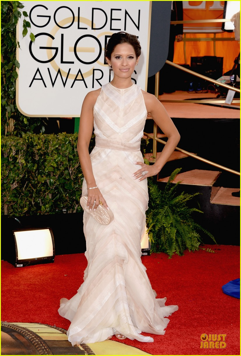 louise roe nancy odell golden globes 2014 red carpet 083029082