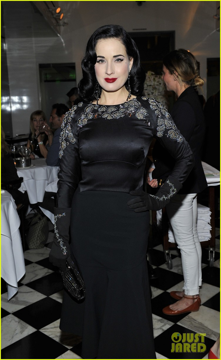 emmy rossum iggy azalea antonio berardi private dinner 14