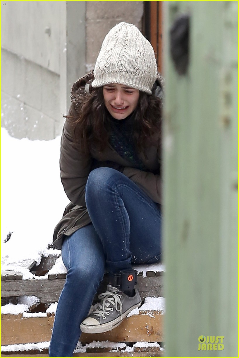 emmy rossum crying scenes for shameless season four 04