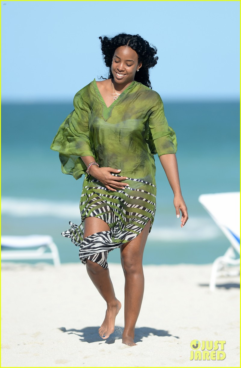 kelly rowland miami beach bikini babe 053021998