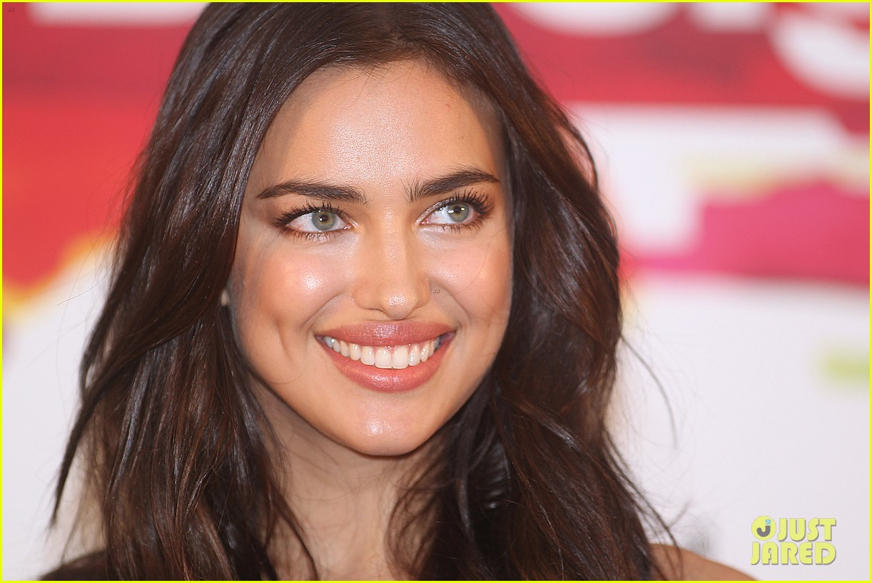 irina shayk presents new desigual campaign in spain 18