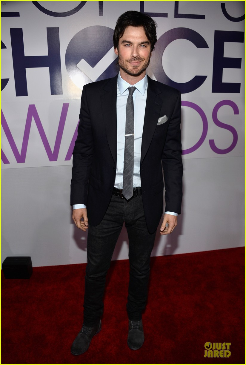 ian somerhalder peoples choice awards 2014 red carpet 03