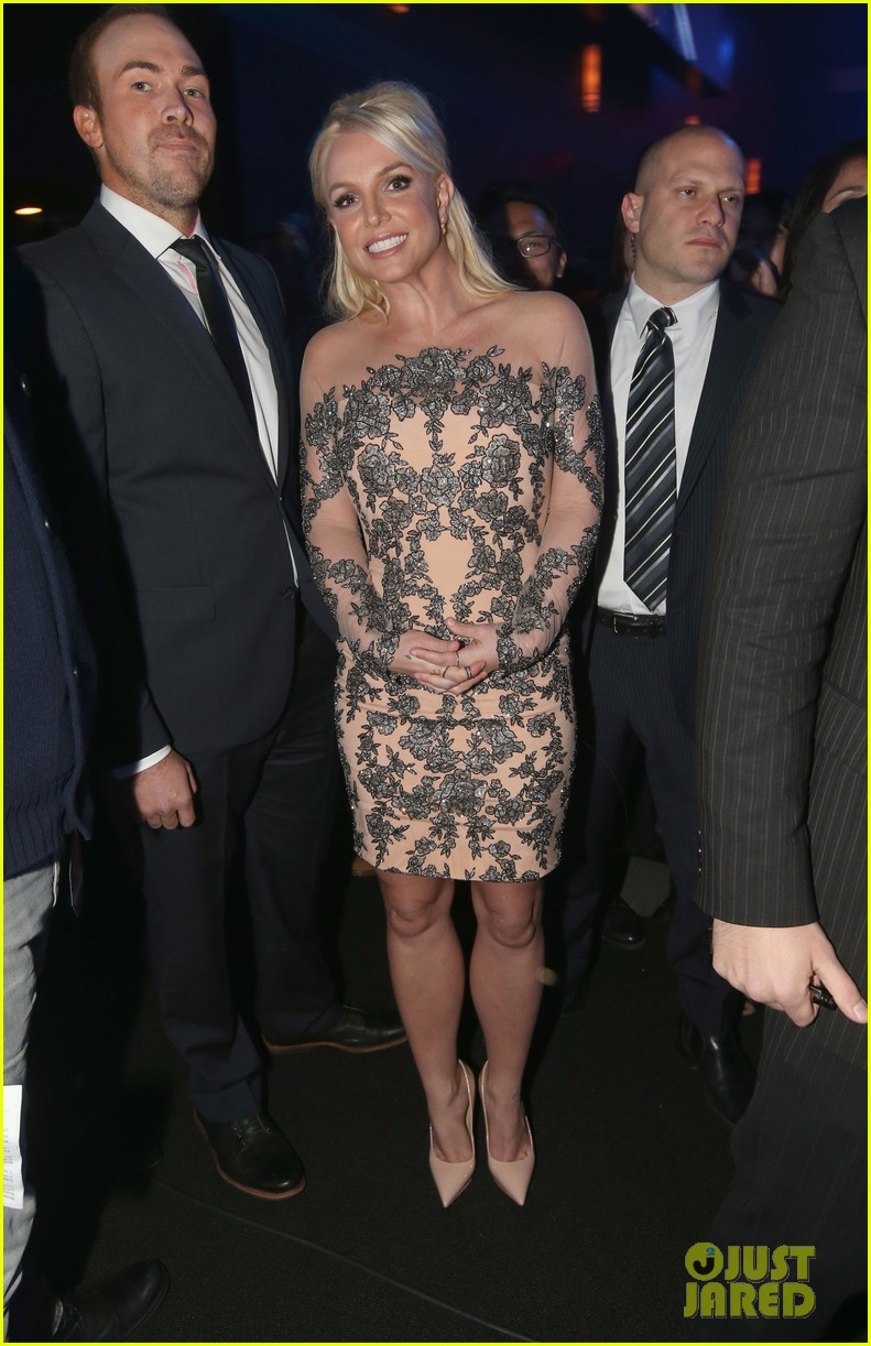 britney spears peoples choice awards 2014 with david lucado 05