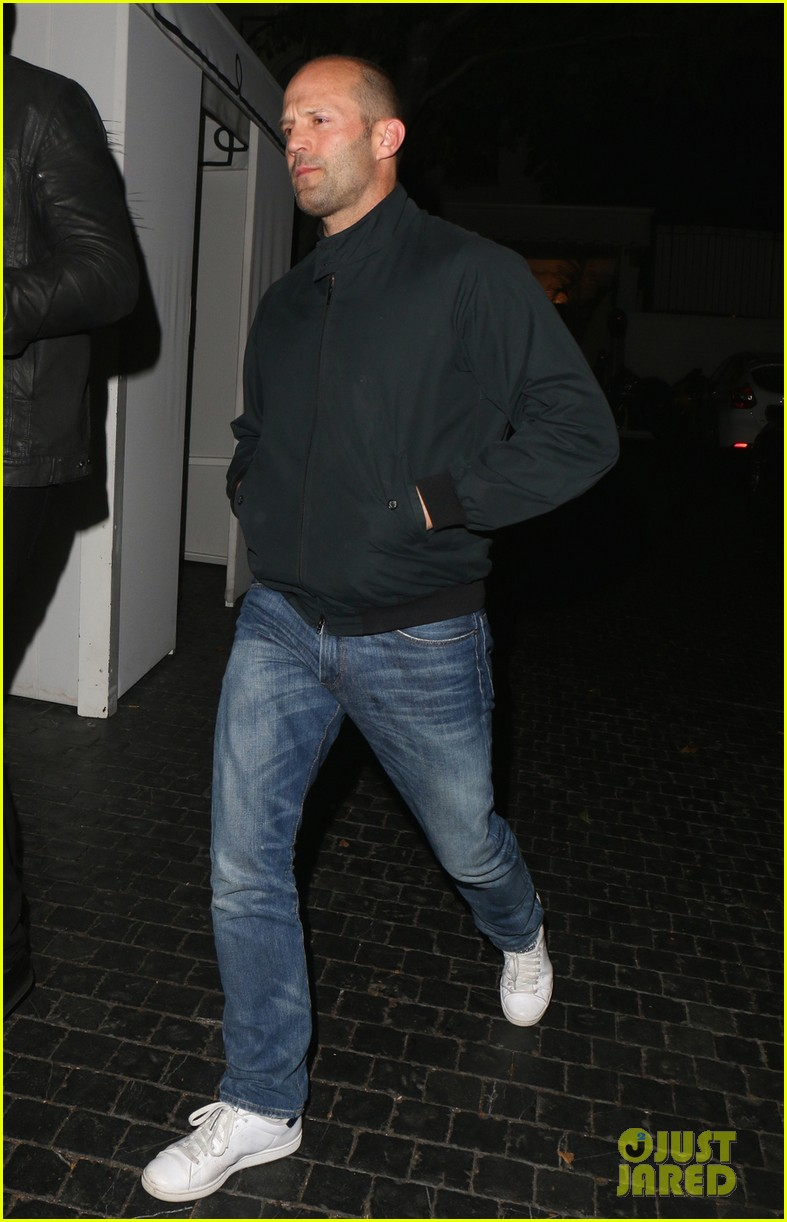 jason statham unwinds at chateau marmont 04