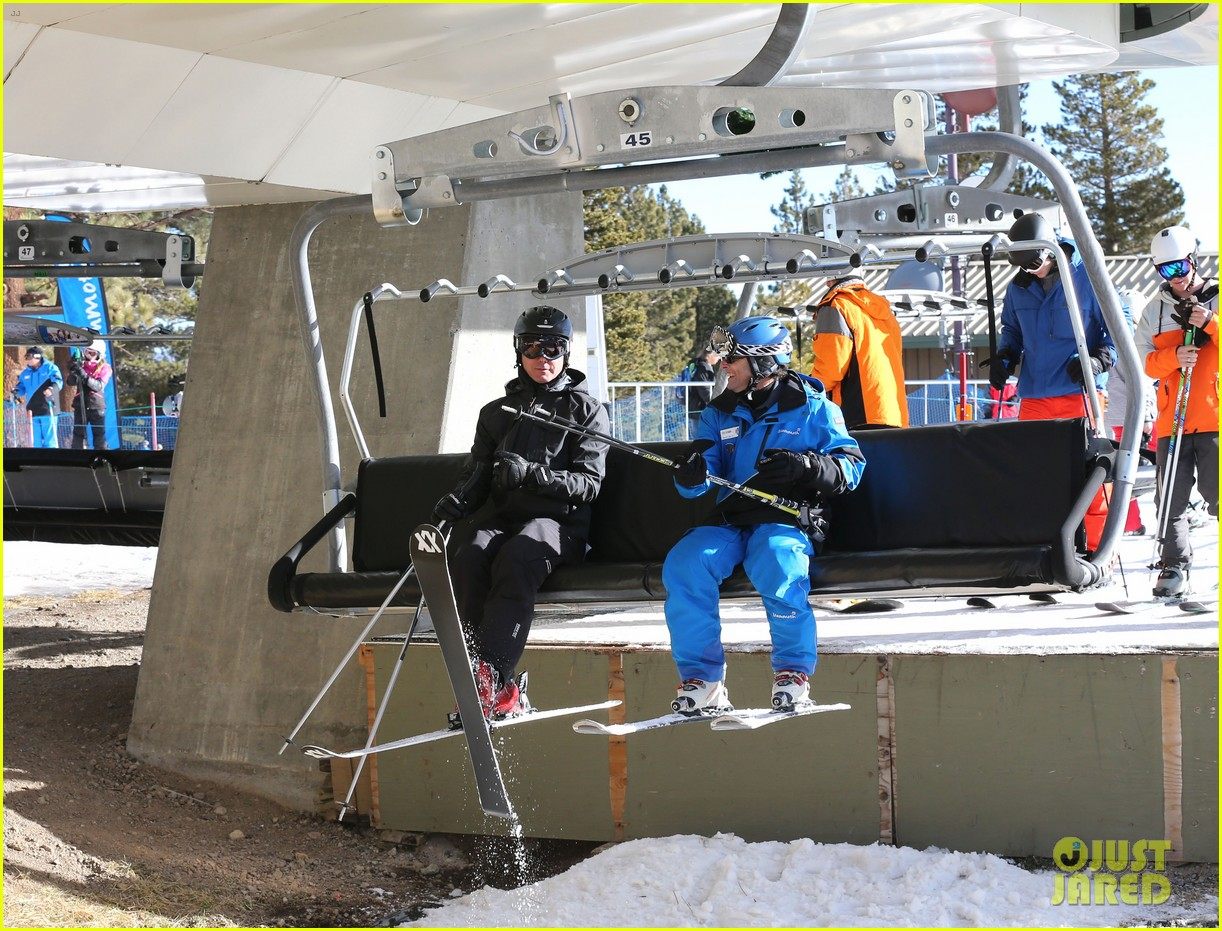 gwen stefani new years day with the family in mammoth 083021418